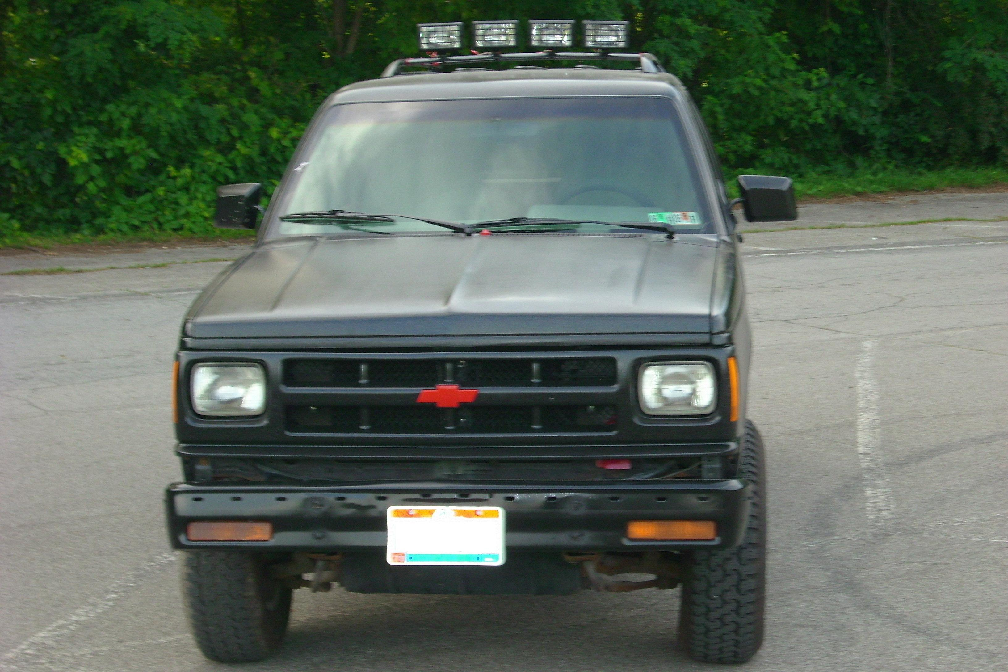 Another Outsydr 1994 Chevrolet S10 Blazer post... - 12307143