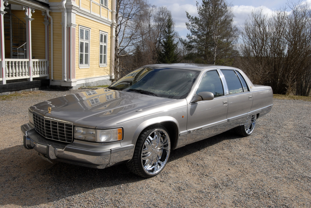 Another nyberg 1995 Cadillac Fleetwood post... - 12322903