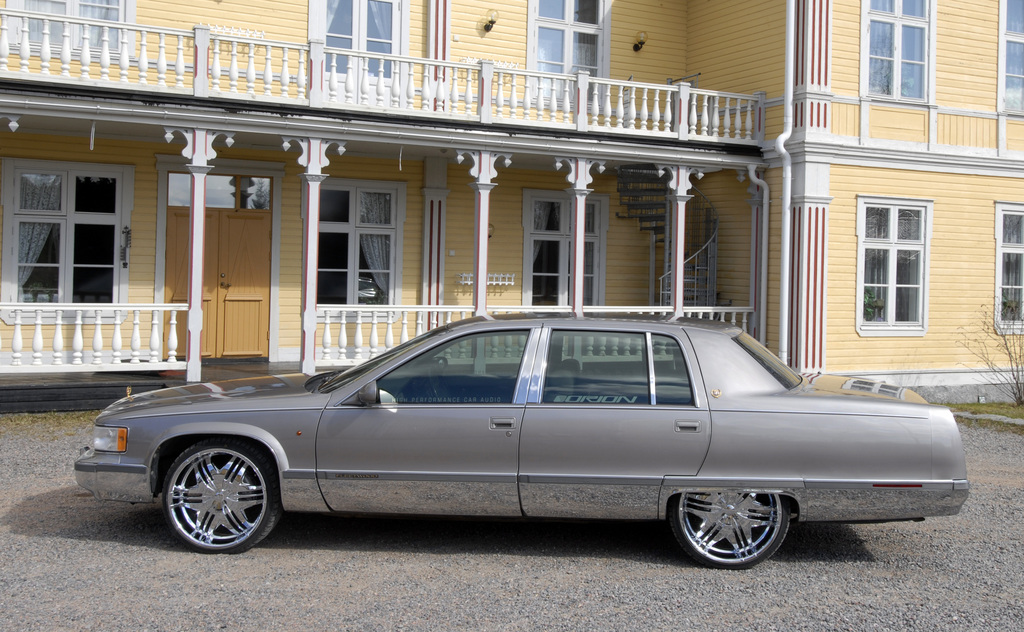 Another nyberg 1995 Cadillac Fleetwood post... - 12322904