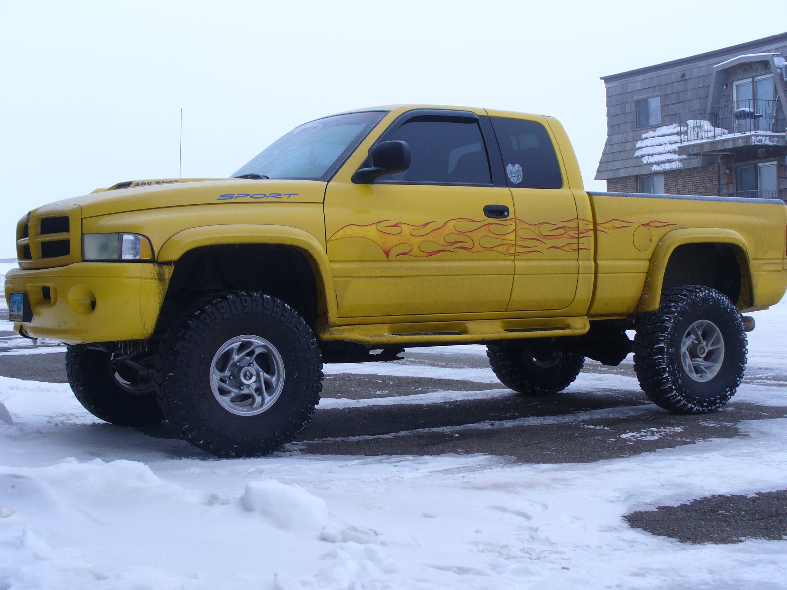 icemannd 2001 dodge ram 1500 regular cab specs photos modification info at cardomain. Black Bedroom Furniture Sets. Home Design Ideas
