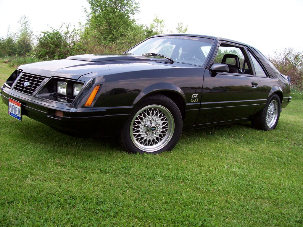 83mustanggt302 39 s 1983 ford mustang in columbus oh. Black Bedroom Furniture Sets. Home Design Ideas