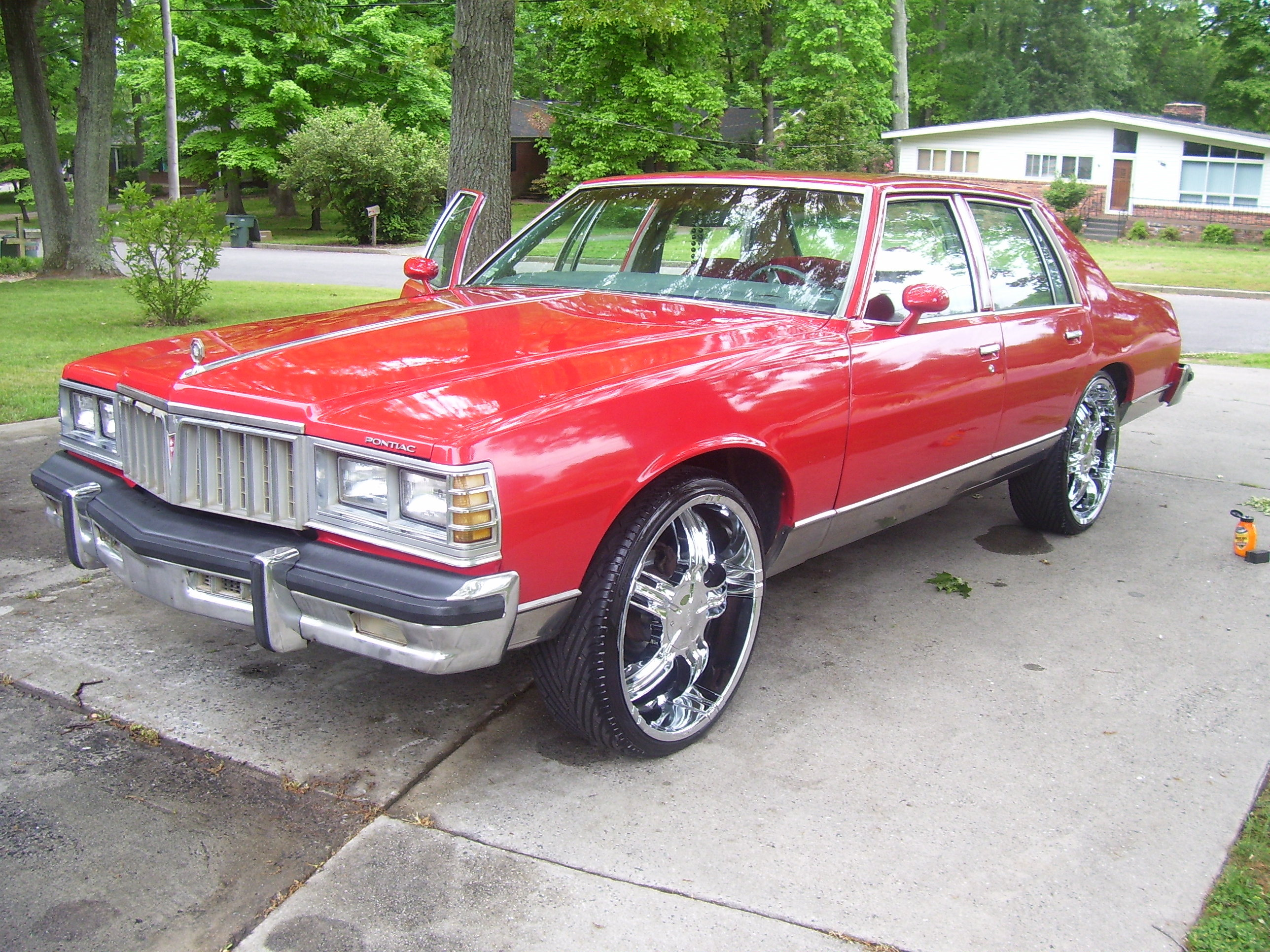 Another T-Will_09 1978 Pontiac Bonneville post... - 12736553