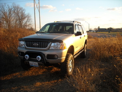 CJD2005s 2005 Ford Explorer