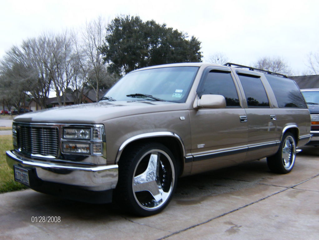 Another Dat-Boy-D 1995 Chevrolet Suburban 1500 post... - 12326577