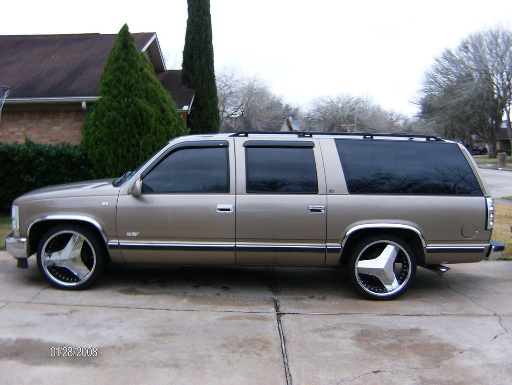 Another Dat-Boy-D 1995 Chevrolet Suburban 1500 post... - 12326578