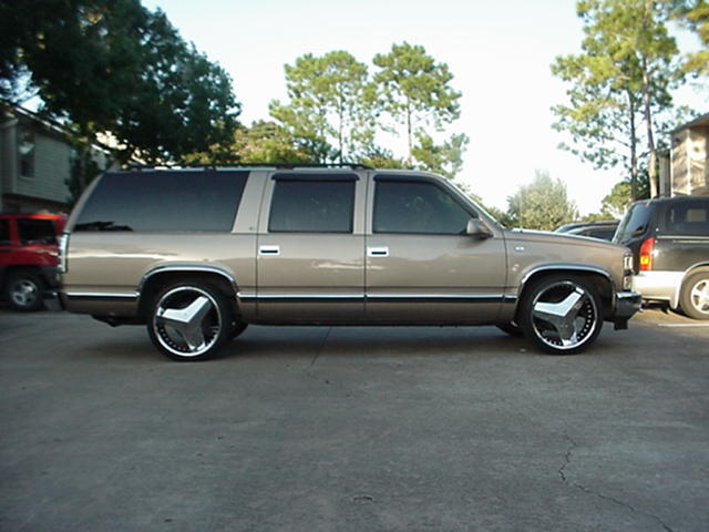 Another Dat-Boy-D 1995 Chevrolet Suburban 1500 post... - 12326580