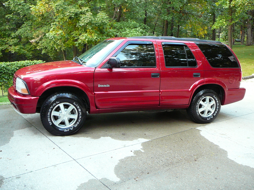 btst37 2000 oldsmobile bravada specs photos modification info at cardomain cardomain