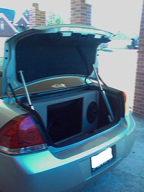Another holdin 2007 Chevrolet Impala post... - 12335643