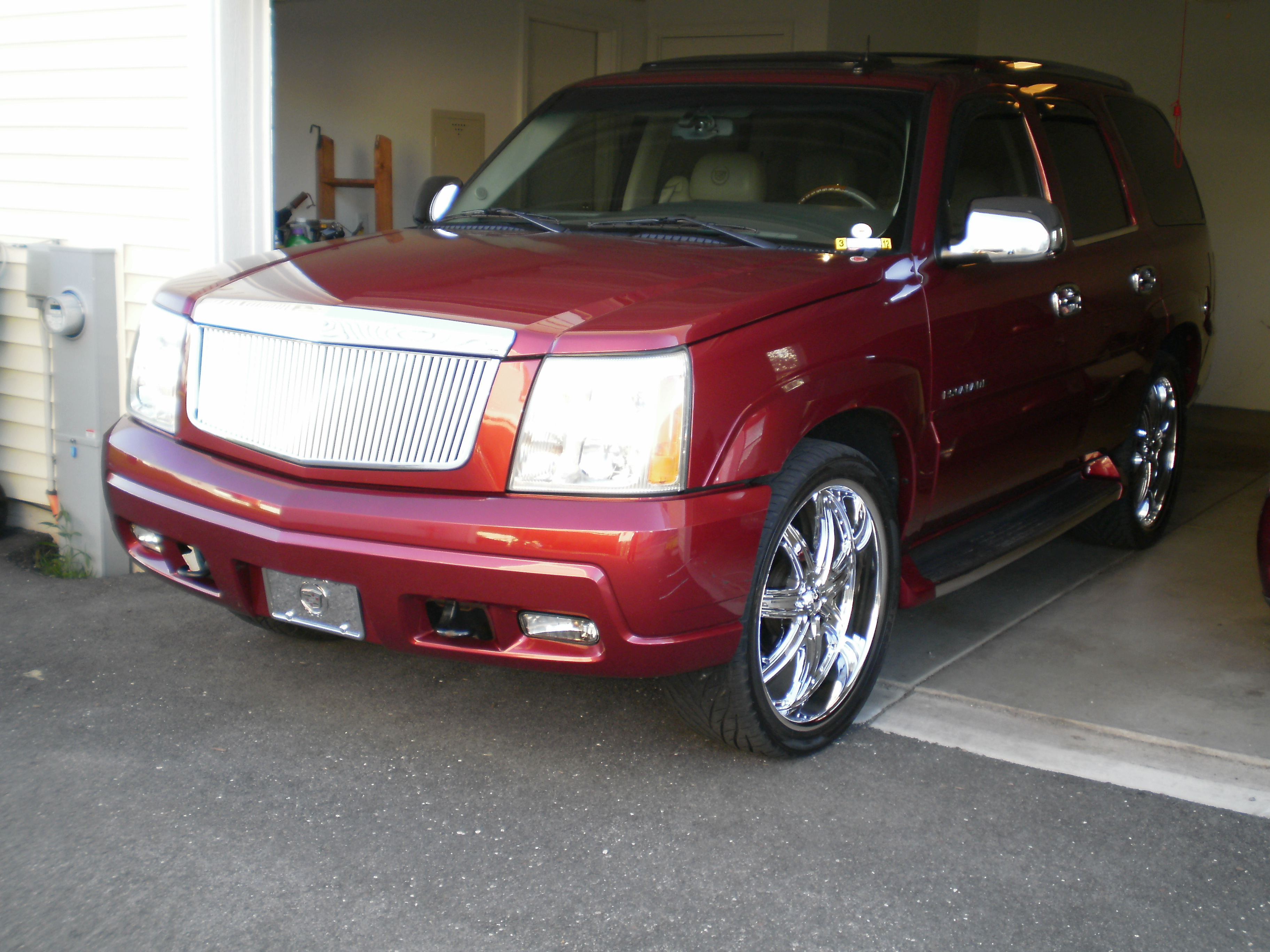 Another HurricanePhif 2004 Cadillac Escalade post... - 12344048