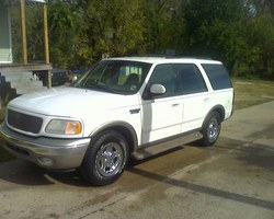 boudaboy225s 2001 Ford Expedition