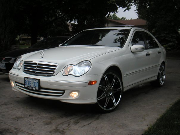 C class benzzz 39 s 2005 mercedes benz c class in st for Mercedes benz st catharines