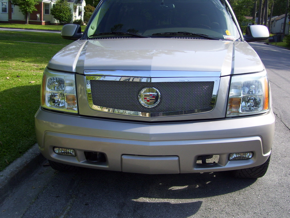 dingos escalade 2004 cadillac escalade specs photos modification info at cardomain. Black Bedroom Furniture Sets. Home Design Ideas