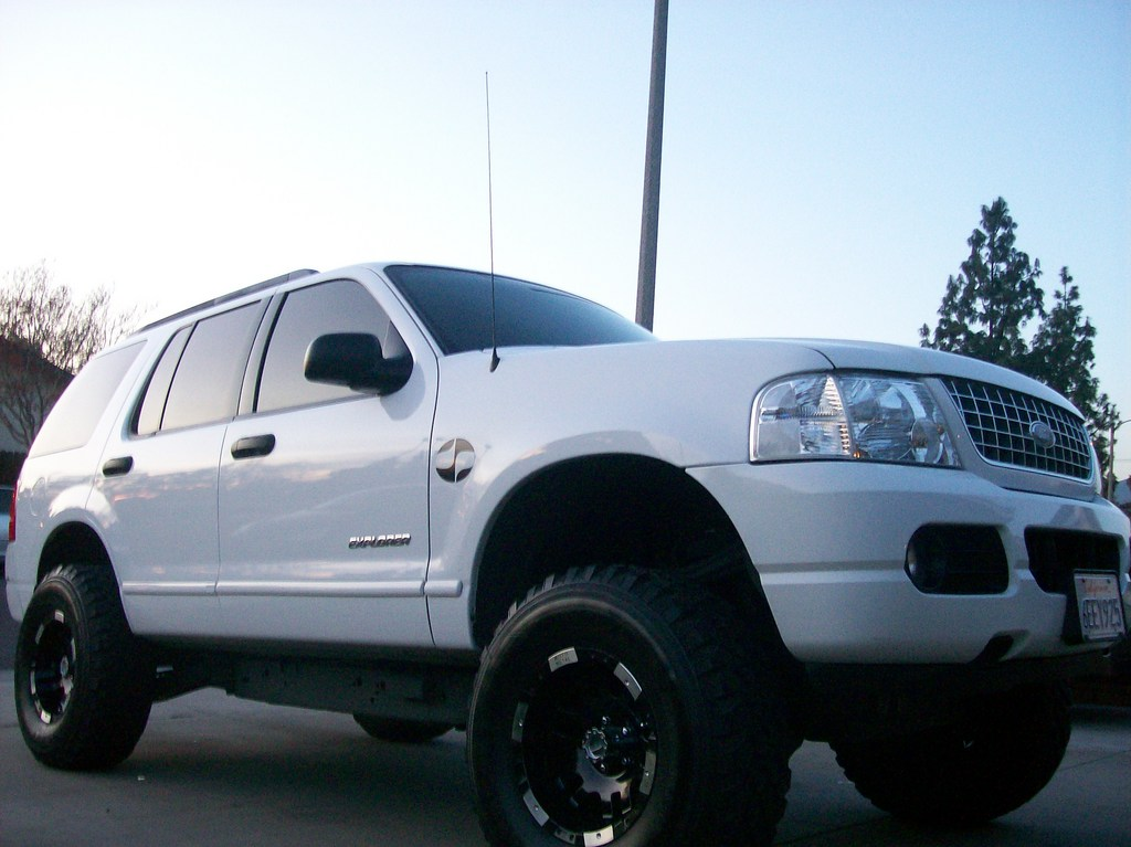 2015 Nissan Xterra Pro 4x 4x4 38771 moreover 12596073932852400 likewise 168181367307865133 additionally 2015 Dodge Ram 1500 Slt 4x4 43635 as well 39617671696932360. on lifted 4x4 jeeps