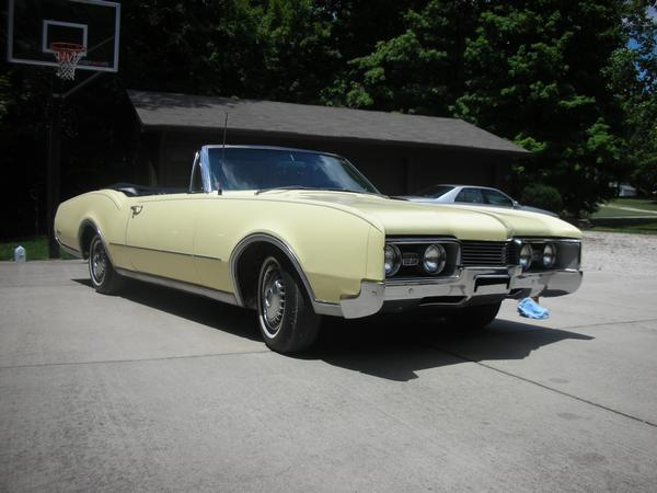 Another Al_Pacino 1967 Oldsmobile Delta 88 post... - 12356989