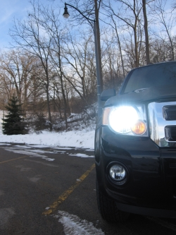 whiteboy01_s 2008 Ford Escape