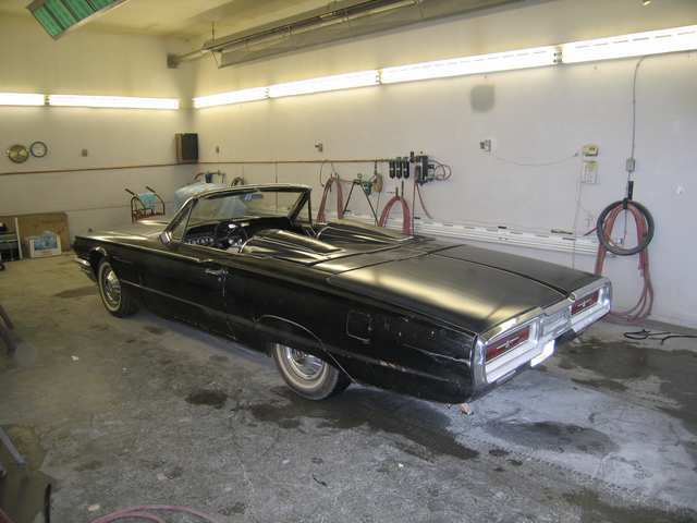 Another Ford_Rellow 1964 Ford Thunderbird post... - 12359544