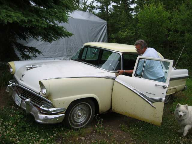 Another Ford_Rellow 1956 Ford Fairlane post... - 12359693