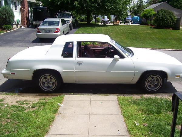 Another MommaC401 1983 Oldsmobile Cutlass Supreme post... - 12369644