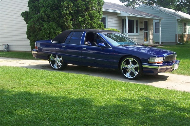 tbone32 1992 buick roadmaster specs photos modification. Cars Review. Best American Auto & Cars Review