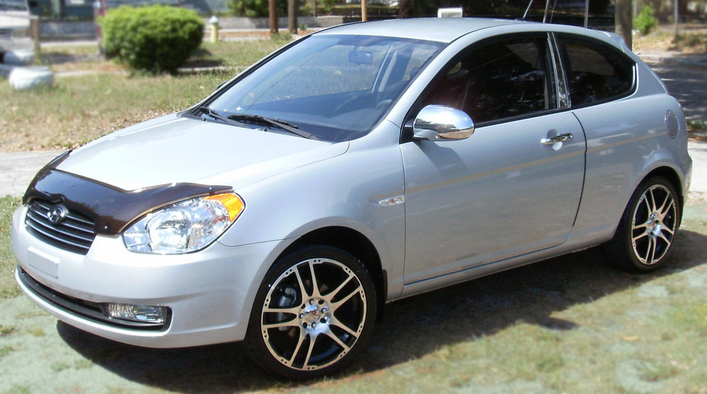 unfated 2009 hyundai accent specs photos modification. Black Bedroom Furniture Sets. Home Design Ideas