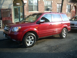 JOHNNYNECKs 2006 Honda Pilot