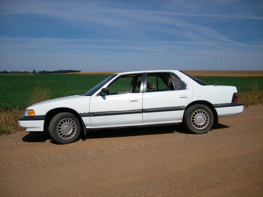 your_mom_was_X 1987 Acura Legend