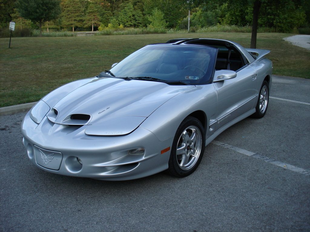 extinctls1 2002 pontiac trans am specs photos. Black Bedroom Furniture Sets. Home Design Ideas