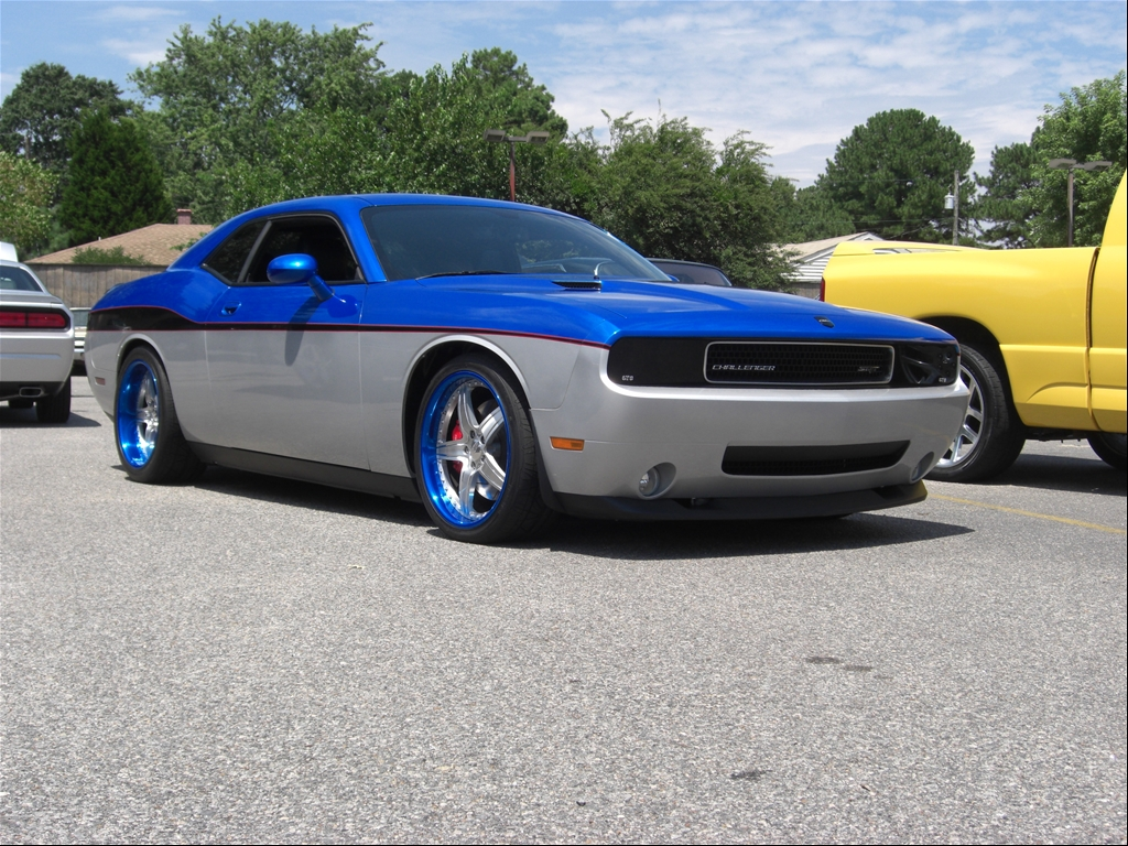 Fs ft for sale or trade va 2009 dodge challenger srt8 limited edition custom show car nasioc