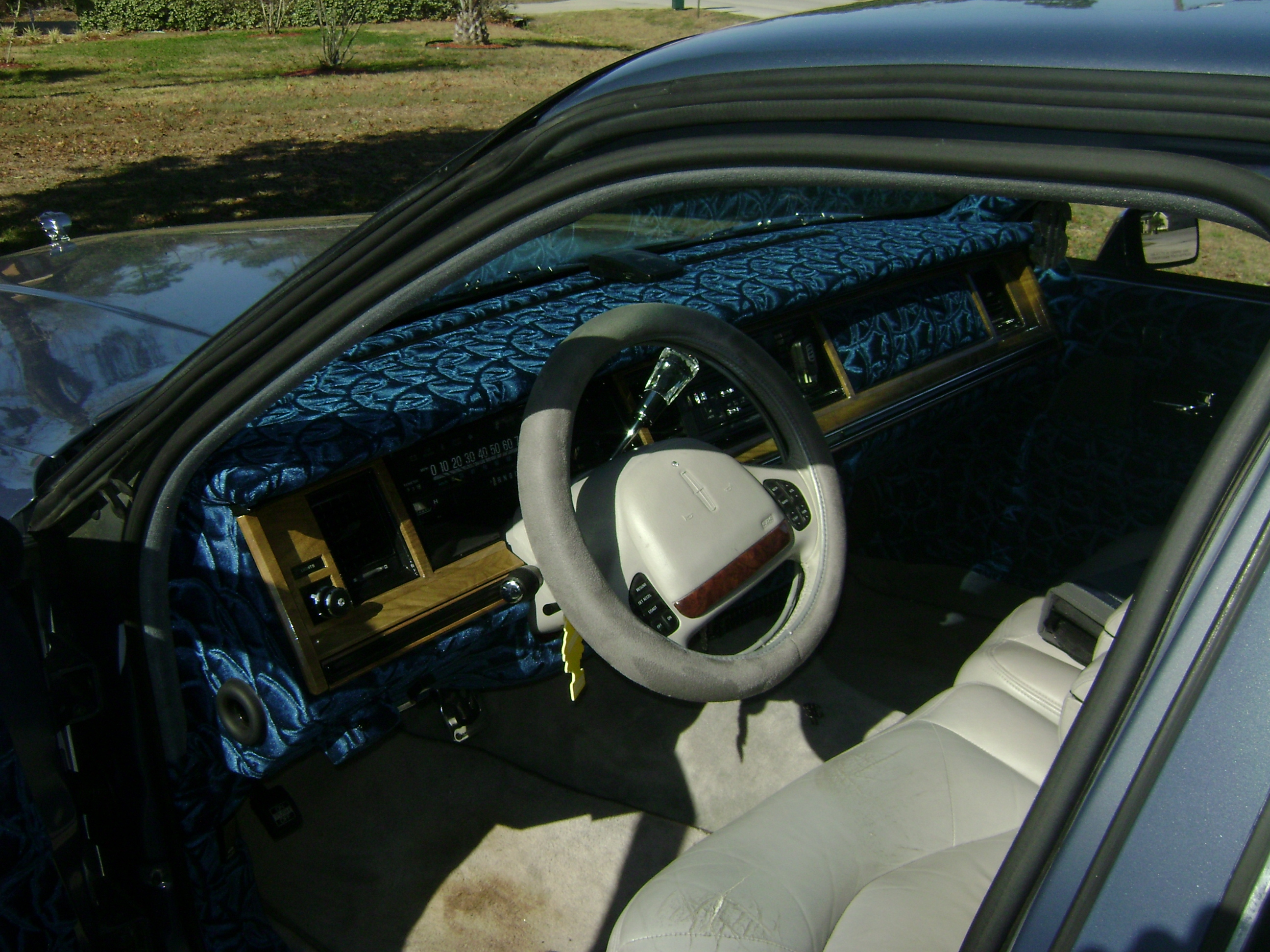 Another Johnnyjuice 1991 Lincoln Town Car Post 1428859 By Johnnyjuice