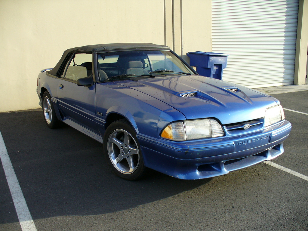 Stnick2002 1987 ford mustang 32119730001 large