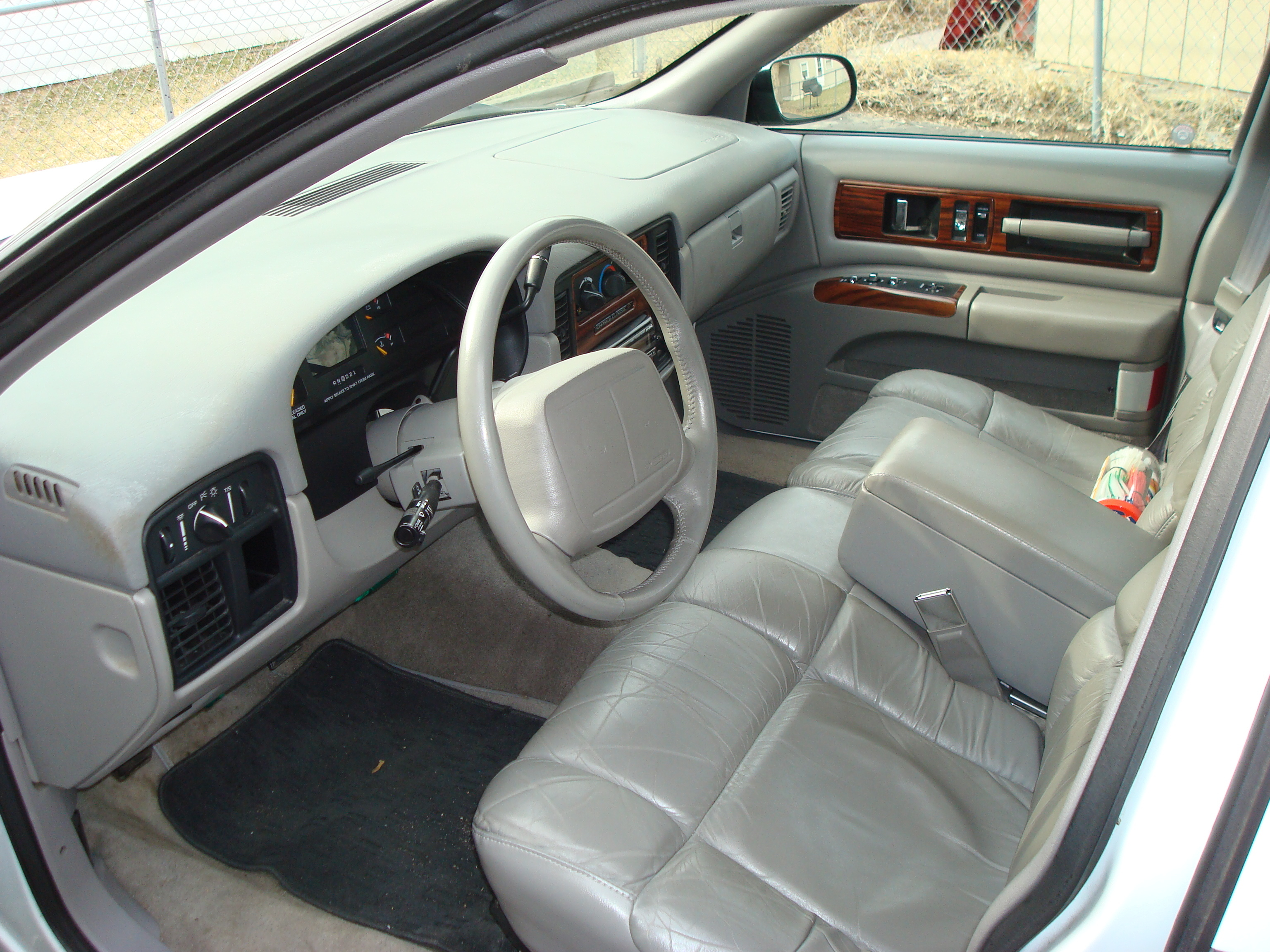 Another old_skool_royale 1996 Chevrolet Caprice post... - 12559567