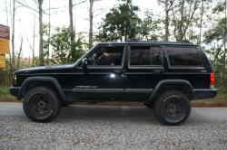01_sesedans 1999 Jeep Cherokee