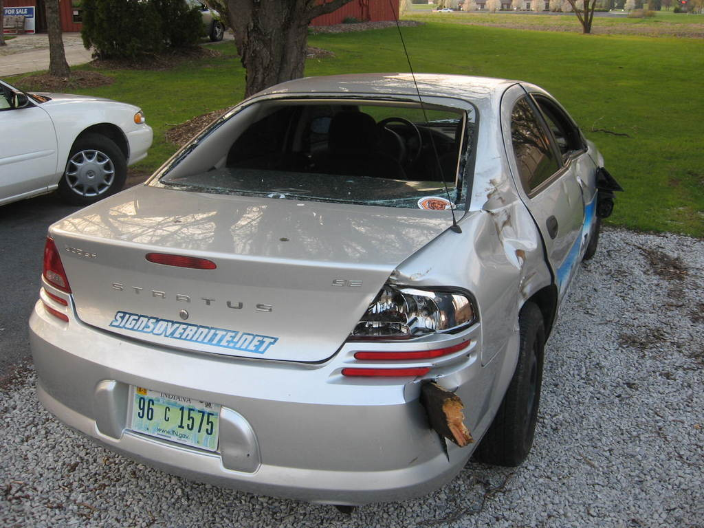 Another SignsOverNite 2002 Dodge Stratus post... - 12408988