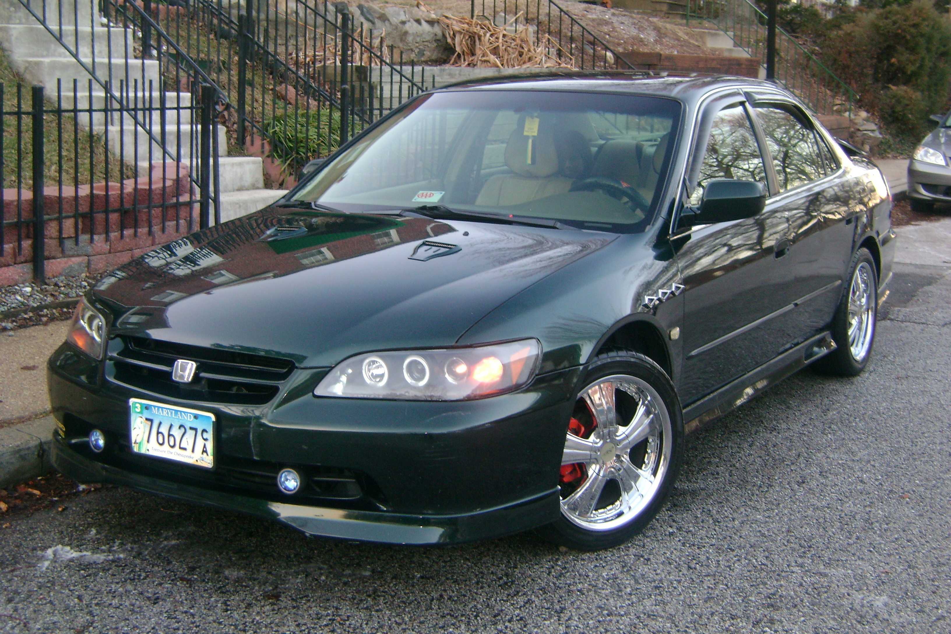 Bull_002 2000 Honda Accord 12420064