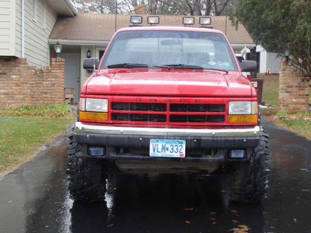 Large on 1993 Dodge Dakota Custom Grill
