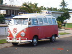 15Window 1963 Volkswagen Samba