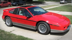 timgrays 1986 Pontiac Fiero