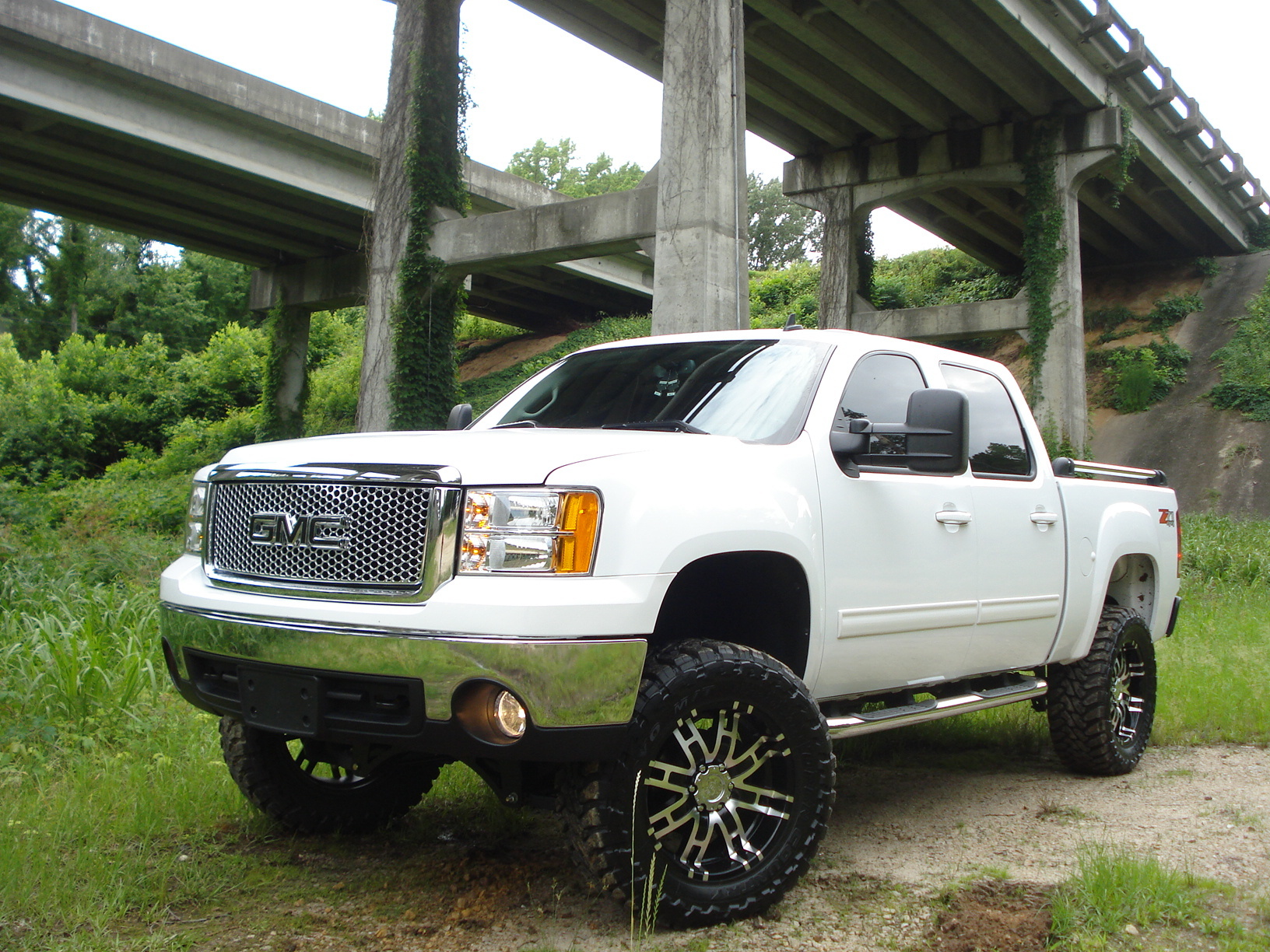 Lifted White Jeep >> cdjagermeister 2007 GMC Sierra 1500 Regular Cab Specs, Photos, Modification Info at CarDomain