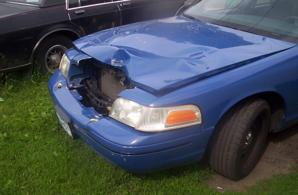 Another Law2687 2000 Ford Crown Victoria post... - 12454225