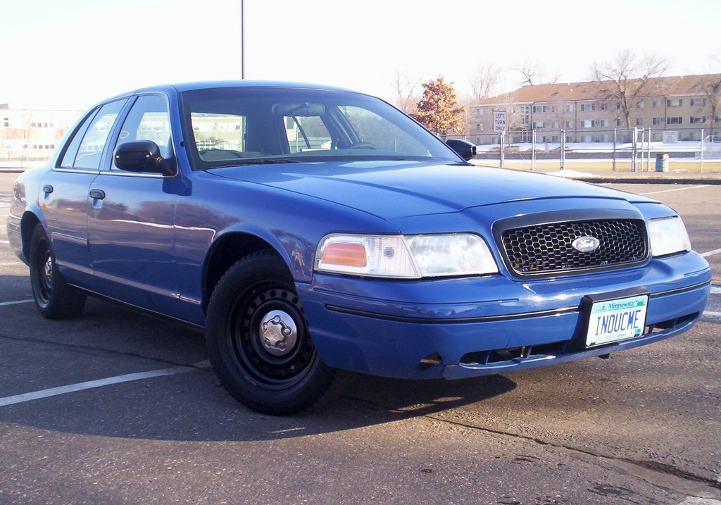 Another Law2687 2000 Ford Crown Victoria post... - 12454234