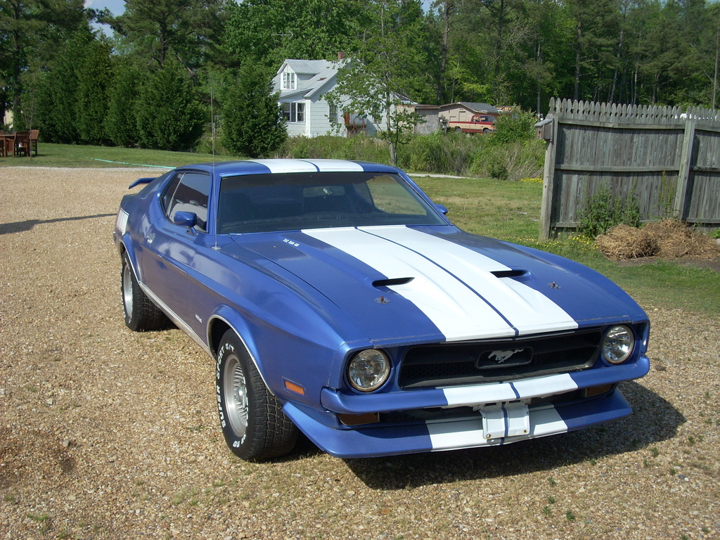 Ford Mustang 1972 Specs