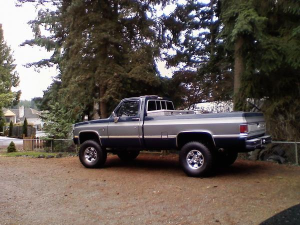 Heavychevy557's 1987 Chevrolet Silverado 1500 Regular Cab