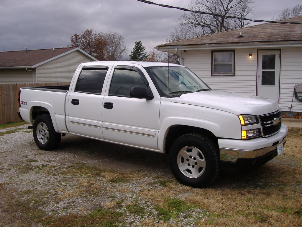 Large on 2001 Chevy S10 Regular Cab