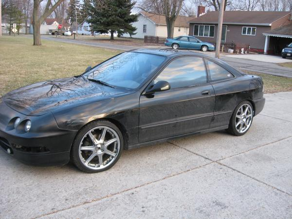 Auto Tech Class 2009.  The New 17s.  Clutch Masters.  This is my 1995 Acura Integra.  I just bought the car.