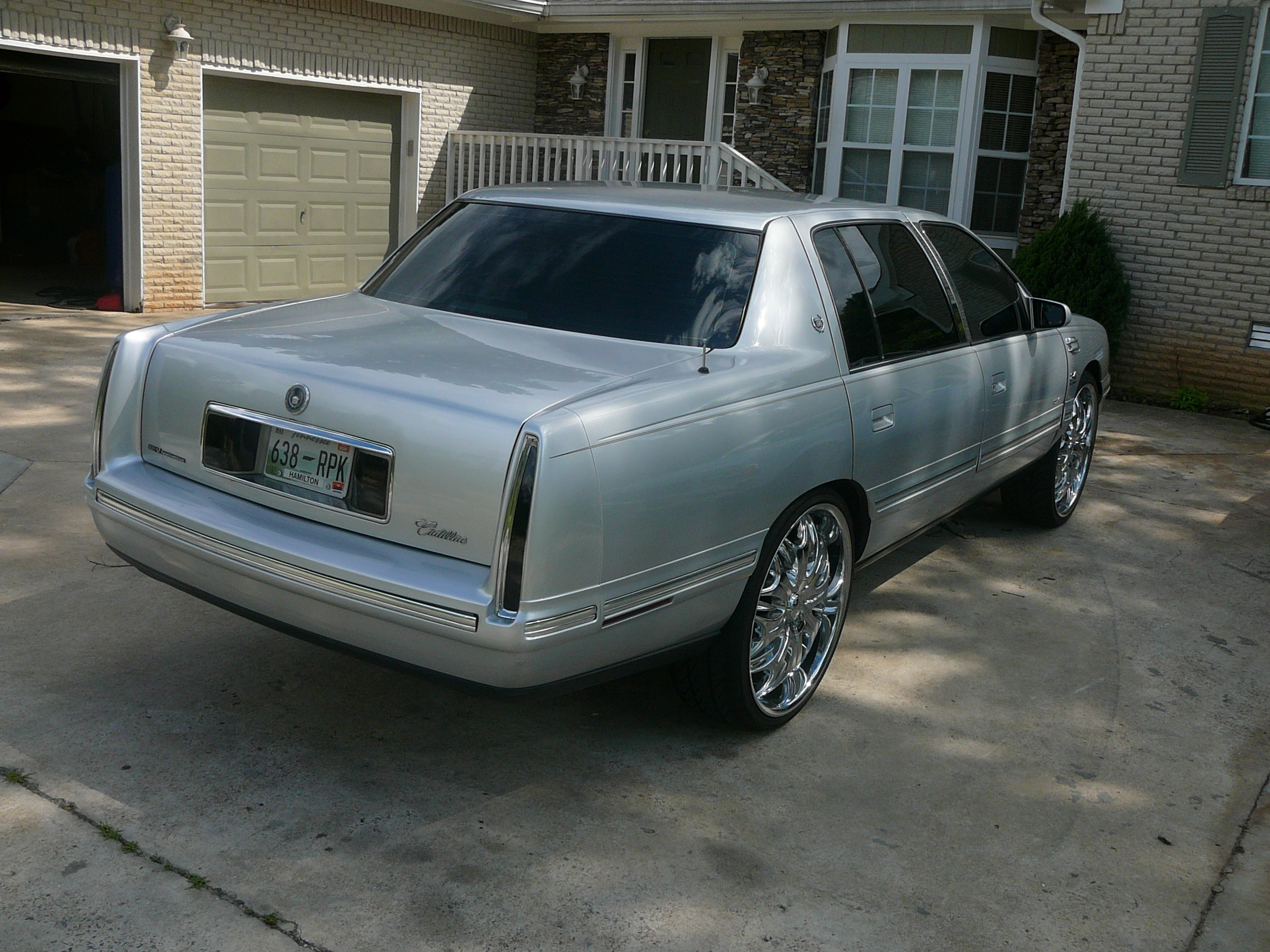 Another big-roe 1999 Cadillac DeVille post... - 12471462
