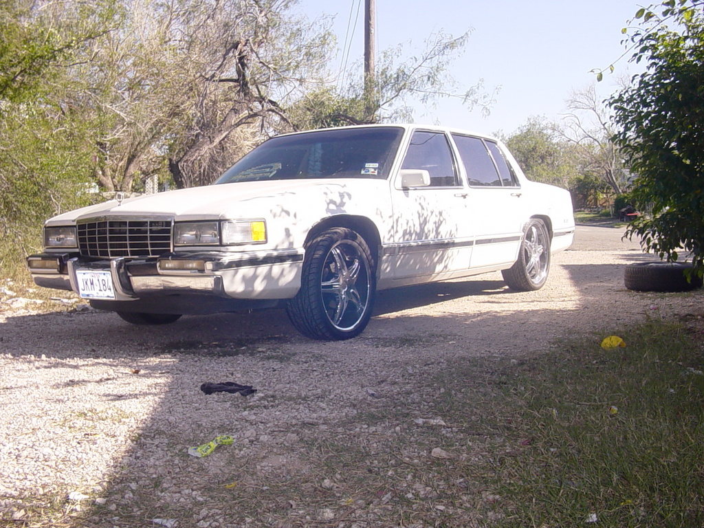 Another arielleon956 1993 Cadillac DeVille post... - 12475907