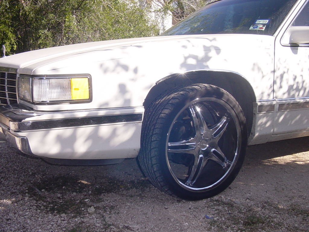 Another arielleon956 1993 Cadillac DeVille post... - 12475909
