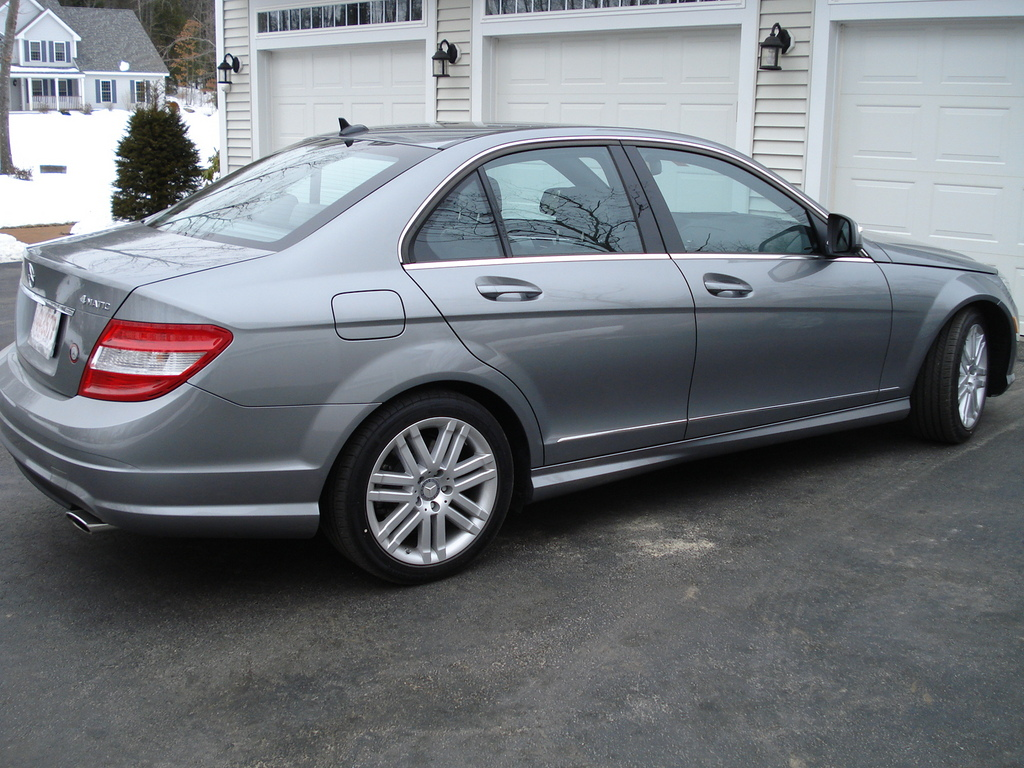 Used mercedes benz cars find and buy the cheapest mercedes for Buy used mercedes benz
