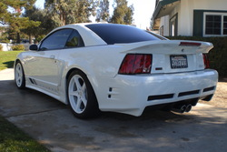 HARDENUFF00s 2000 Saleen Mustang