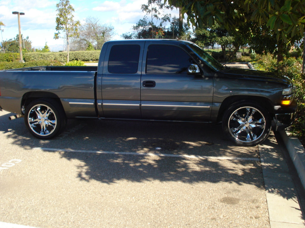 xeneise28 2001 chevrolet silverado 1500 regular cab 32237440002 large. Cars Review. Best American Auto & Cars Review